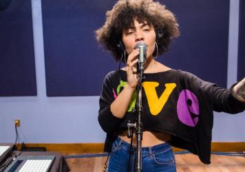 Madison McFerrin performs for a Key Studio Session at WXPN