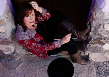Suzy Bogguss is featured in this week's episode.