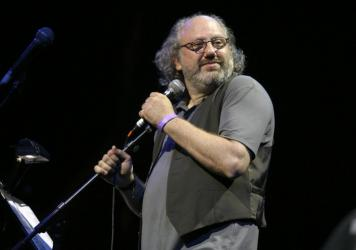 Hal Willner, onstage at the Celebrate Brooklyn! music festival in Brooklyn, New York in 2007.