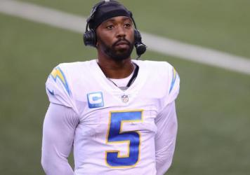 Los Angeles Chargers Quarterback Tyrod Taylor, shown here during a game earlier this month in Ohio, is reportedly recovering from a punctured lung.