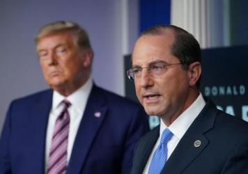 A proposed rule could cause headaches and extra work for the successor of Health and Human Services Secretary Alex Azar, seen with President Trump in November.