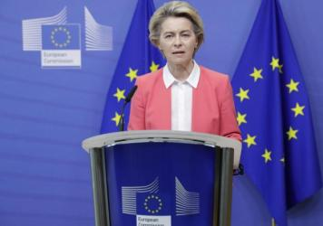 European Commission President Ursula von der Leyen delivers a statement at EU headquarters in Brussels on Sunday. Britain and the European Union say talks will continue on a free trade agreement — a deal that, if sealed, would avert New Year's chaos fo