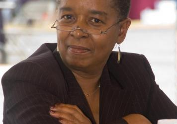 Beverly Jenkins author photo.