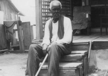 """Former slave Felix Haywood, 92 years old when he was photographed in San Antonio in 1937, told an interviewer, """"All we had to do was to walk, but walk south, and we'd be free as soon as we crossed the Rio Grande."""""""