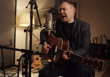 David Gray performs live for World Cafe