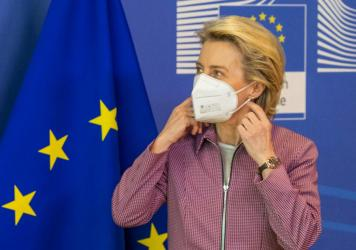 Ursula von der Leyen, president of the European Commission, wears a protective mask during a meeting in Brussels last week.